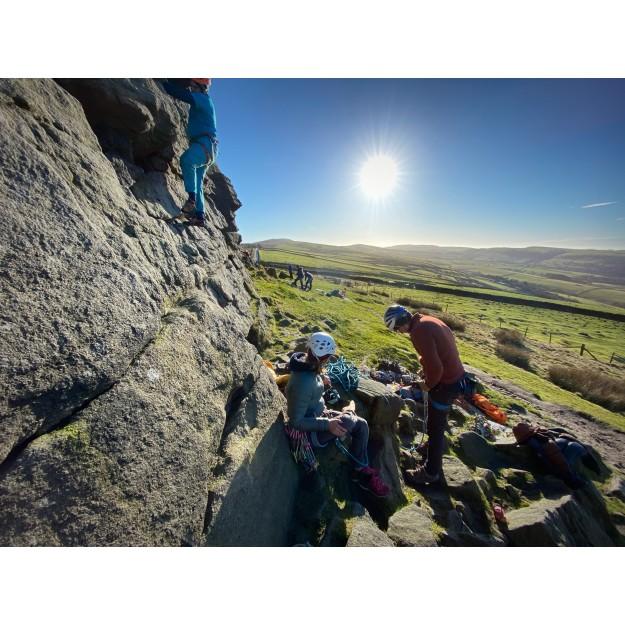 group climbing